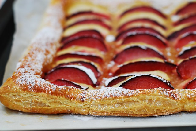 plum and apple tart puff pastry 4