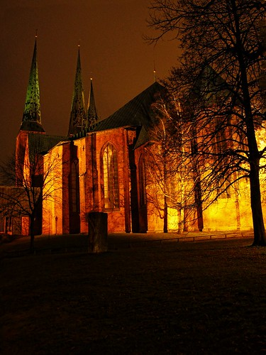 church night photoshop canon germany deutschland evening cathedral dom kirche powershot illuminated labs dxo lübeck topaz g11 angestrahlt lübeckerdom lübeckcathedral domzulübeck eswigholstein