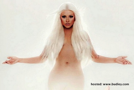 Bogel Photo Christina-Aguilera-Lotus-Feature