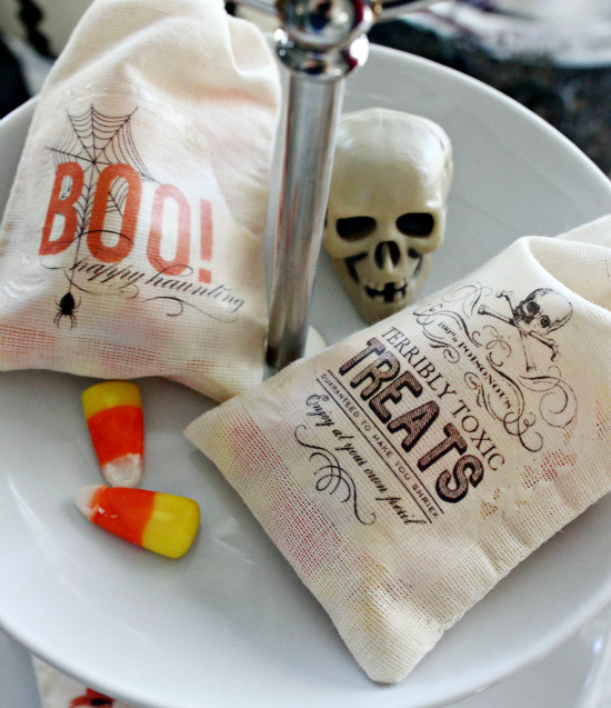 Easy Halloween Treat Bags