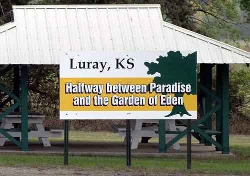 Halfway between paradise and goe