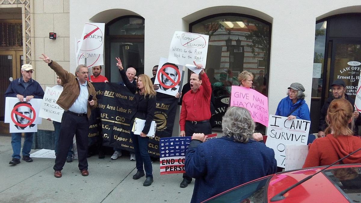 4_Anti_Romney_Economy_Demo