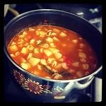 La comida de hoy: sopa vegetariana :3