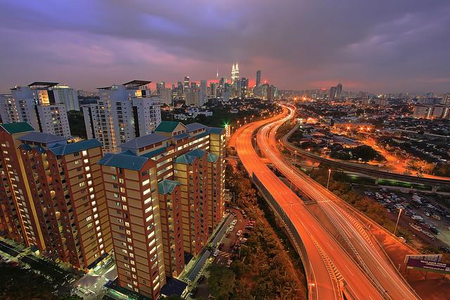 .s.u.n.s.e.t. + .b.l.u.e    Jelatek Kuala Lumpur