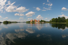 lake, Lens Nikon 10.5mm f-2.8G ED AF DX Fisheye Nikkor, Lithuania, Trakai.jpg