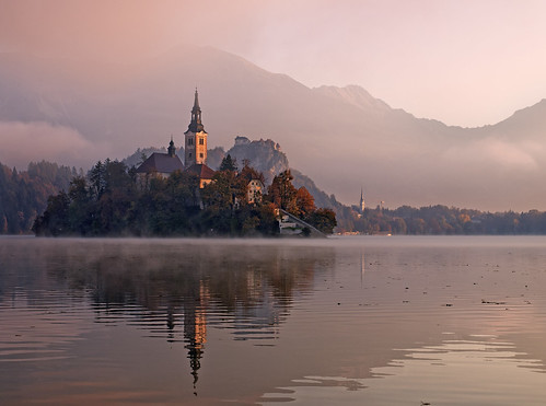 morning autumn lake alps castle fall church sunshine fog sunrise island early foggy upper slovenia alpine bled gorenjska jezero blejsko carniola