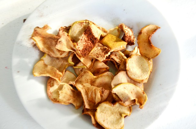 finished apple chips on plate