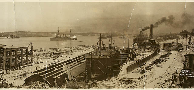 View looking south, showing the damage caused by the Halifax Explosion / Vue vers le sud, montrant les dommages causés par l'explosion d'Halifax