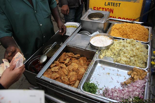 The ingredients of bhel puri