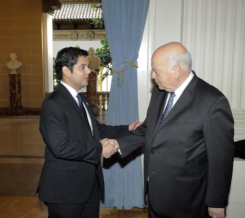 Secretario General de la OEA conversa con Congresista Raúl Ruiz
