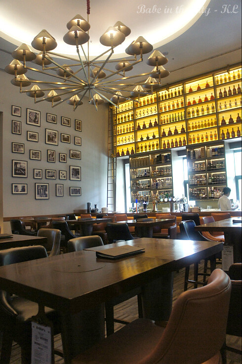 Arthur's Bar & Grill 05