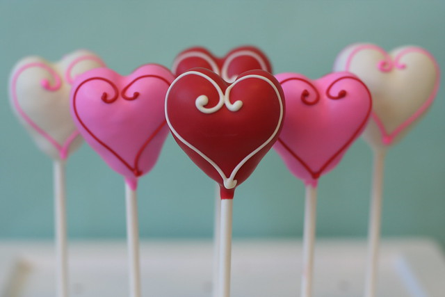 Sweet Heart Cake Pops for your Sweetie!