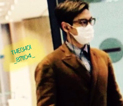 TOP Arrival Seoul 2015-11-06 THECHOI_871104 (1)