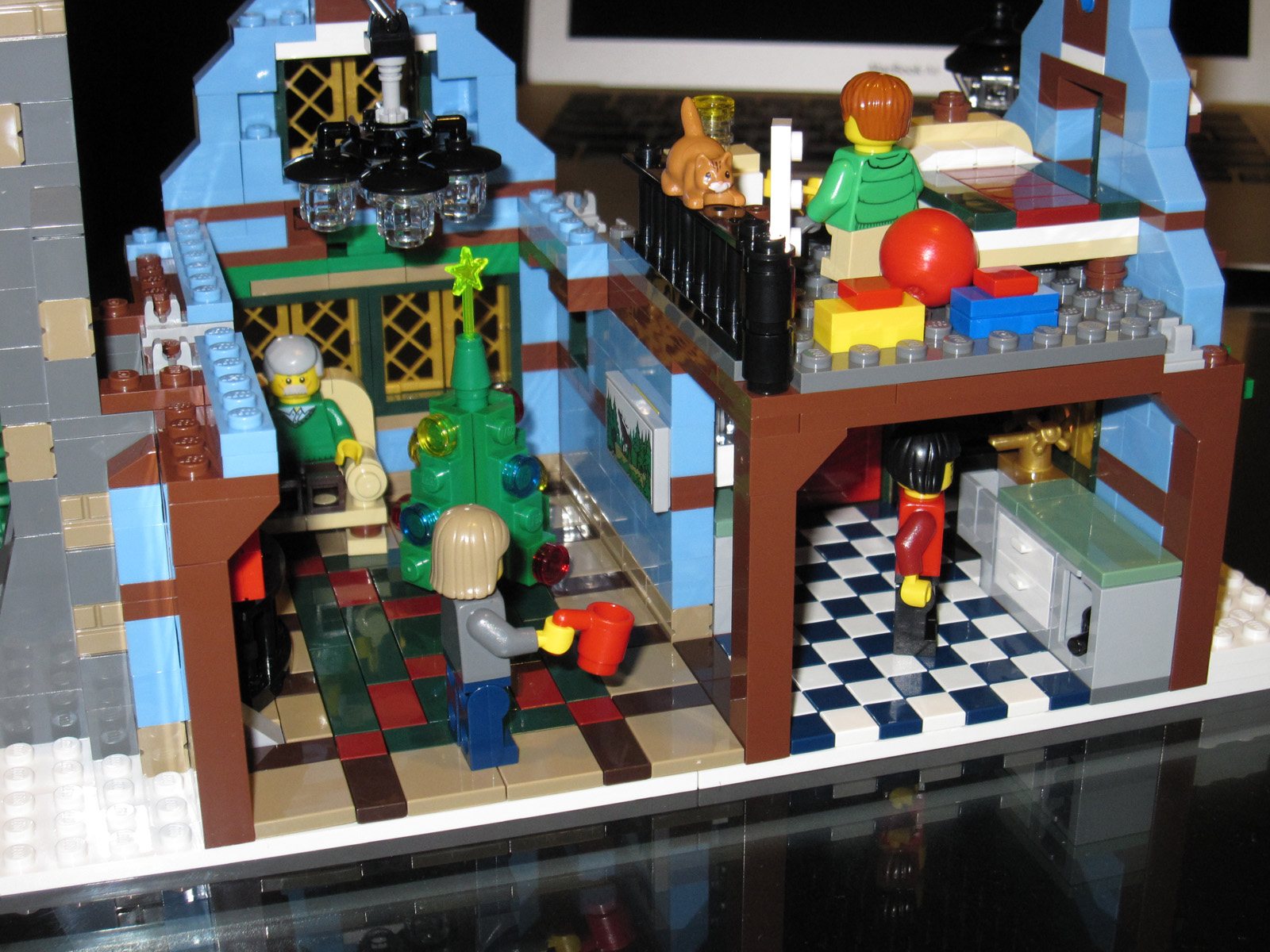Build A Truck >> Lego Winter Village - 10229 Cottage | The Winter Cottage is … | Flickr - Photo Sharing!