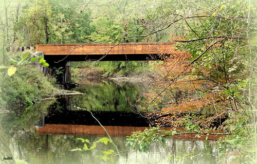 bridge autumn fall nature water creek reflections pennsylvania buckscounty neshaminycreek oldyorkroadbridge