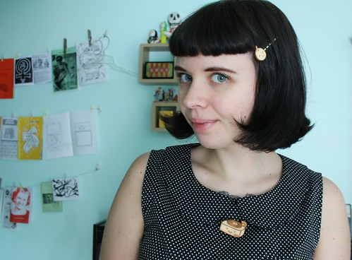 Midge from Modern Girl Blitz blog wearing my hairpins and record player pin!