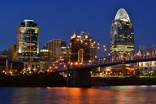 city bridge ohio reflection skyline night river cincinnati urbanlandscape