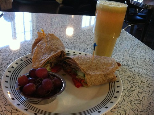 Crispy Spring Wrap & Apple Ginger Juice - Spiral Diner