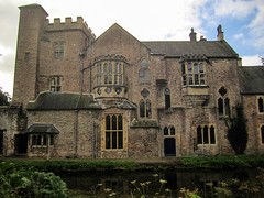 stately home, chã¢teau, castle, building, property, house, manor house, estate, mansion, almshouse, water castle, facade, home,
