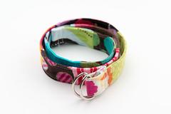 hand(0.0), jewellery(0.0), bangle(0.0), goggles(0.0), bracelet(0.0), magenta(1.0), collar(1.0), pink(1.0),