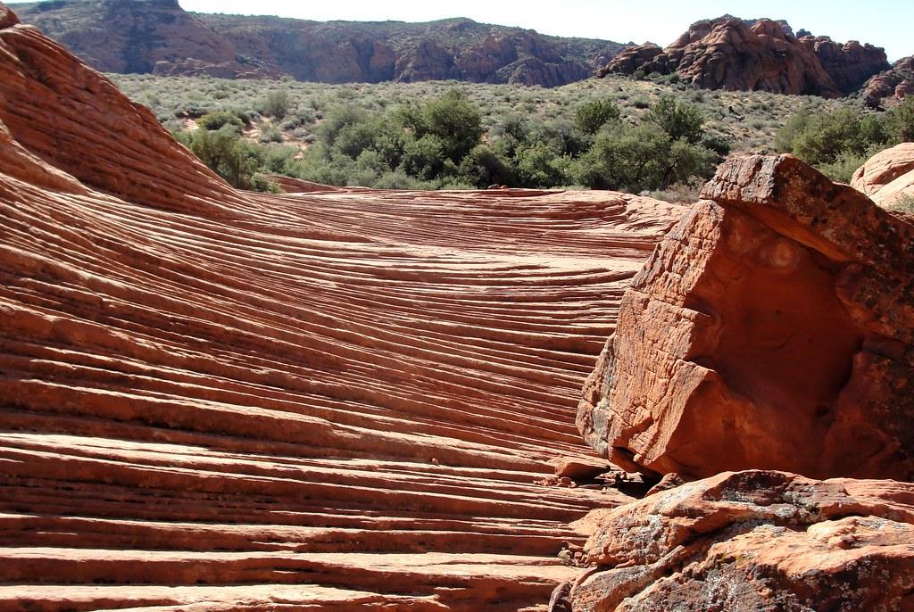 snow canyon rocks