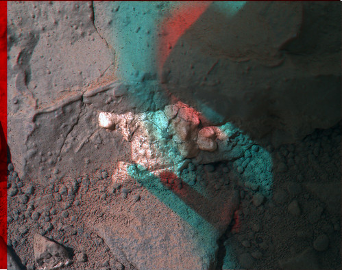 CURIOSITY sol 158 MAHLI anaglyph - drill target John Klein