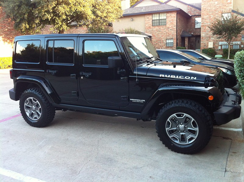 For Sale 2013 Jeep Jku Black Freedom Top New