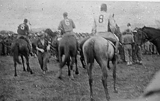 1944 - Australian Army horse races at Port Moresby, New Guinea