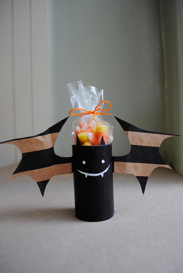 すべての折り紙 飾り付け 折り紙 : Bat Craft Cardboard Tube