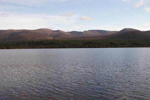 trees lake mountains scotland view vista loch cairngorms