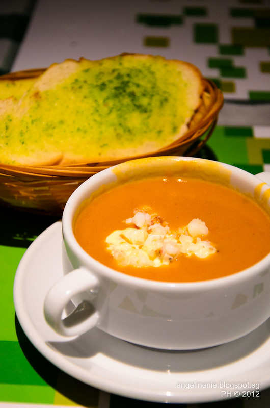 Lobster Bisque and Garlic Bread