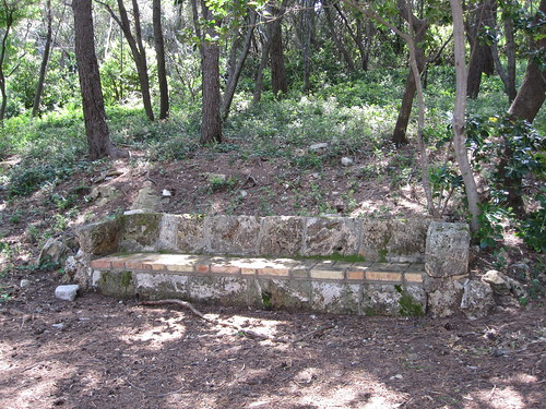 A stone bench in Lokrum by Anna Amnell