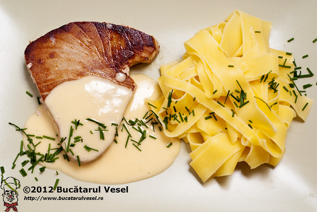 Tuna fish, papardelle and beurre blanc