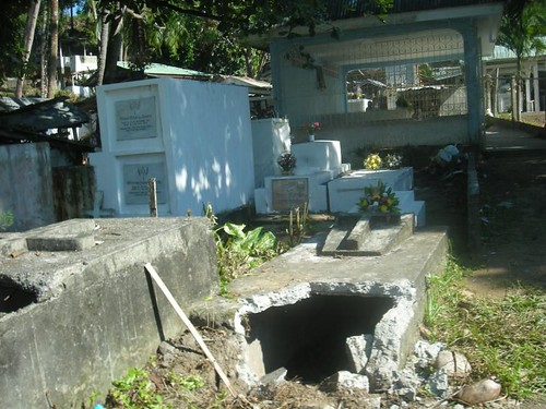 grave thieves in the Philippines