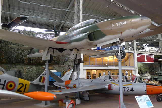 T-33 Shooting Star und Fouga Magister