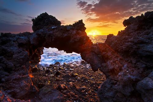 seascape landscape hawaii lava shoreline pacificocean bigisland 1022mm kona hdr highdynamicrange kailua bigislandhawaii volcanicrock kailuakona lavarock hawaiianislands naturalarch waihou lavaarch canon7d shabdro ©2012shabdrophoto