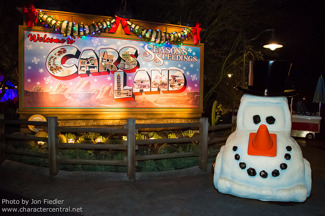 Disneyland Dec 2012 - Christmas in Cars Land