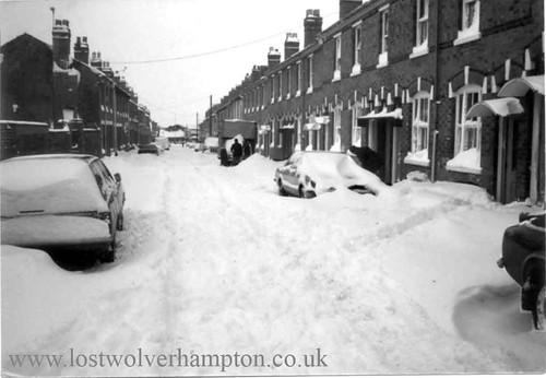 Gordon-St-Snow