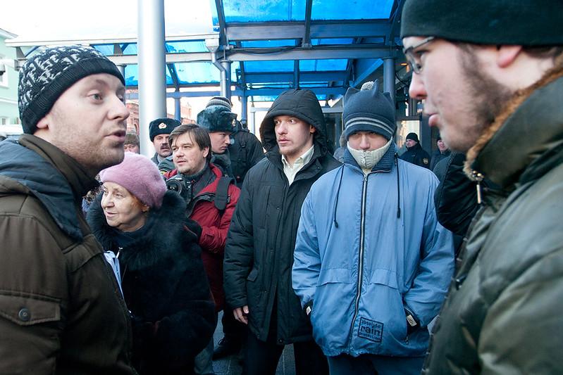 """Геи против """"Православных"""" у Думы. Часть 3"""