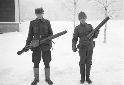 Finnish soldiers with  303mm Lewis guns at Kajaan Finland 8th Dec 1939
