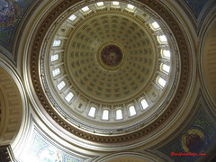 Capitol building, view up from ground