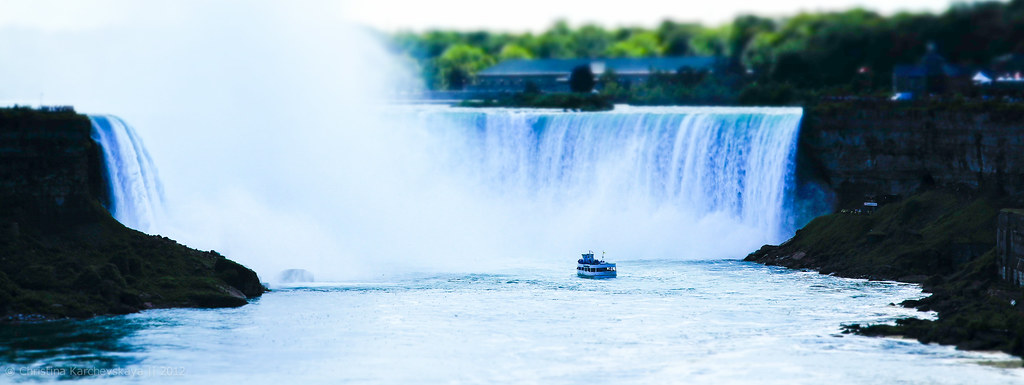 Niagara Falls [69]