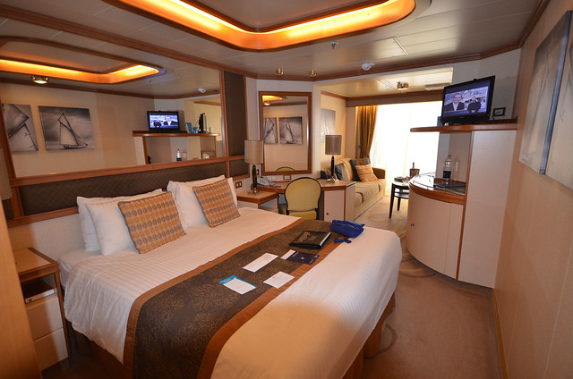 Superior deluxe on ventura cabins staterooms for Deluxe balcony