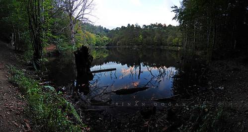Büyük Dipsiz Göl