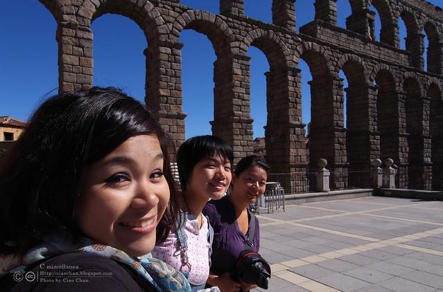 Hola Segovia~ 賽哥維亞。第一次看到建築奇蹟「羅馬水道橋」 R1044041