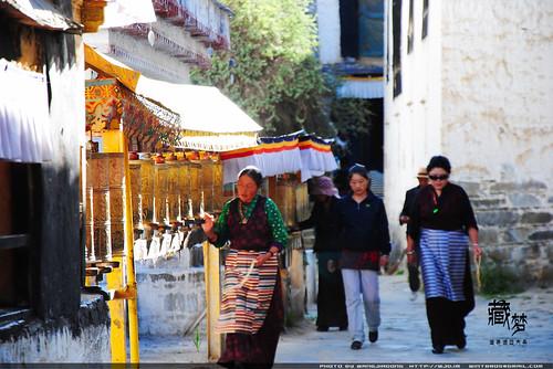 8102237786 86f852a4b2 藏梦●追寻诺亚方舟之旅:神秘藏传佛教   王佳冬个人博客