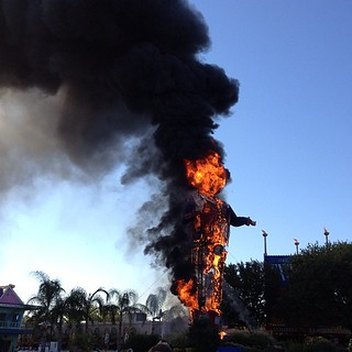 Not a joke, guys--Big Tex just BURNED DOWN. I was there, my kids watched it. So sad :-( #TexasStateFair