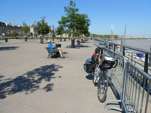 Bordeaux - Garonne River
