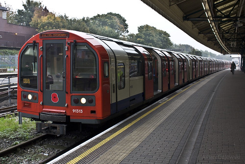 Central line 92 stock with Red Poppy