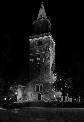 autumn bw night turku cathedral pvanhala